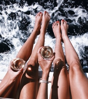 fun, girls and champagne