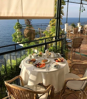 table, aesthetic and italy