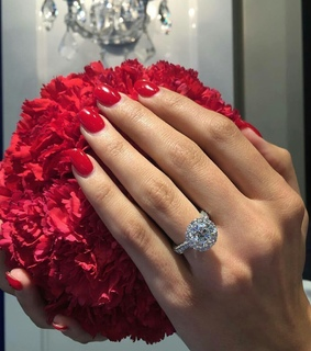 flowers, ring and luxe