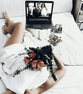 aesthetic, movie and bed