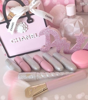 love, chanel and cute
