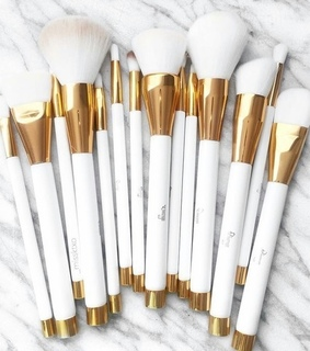 chic classy luxury, cosmetic cosmetics and Brushes