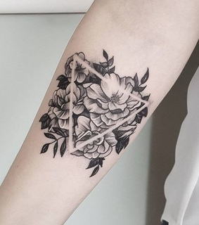 black and white, triangle and flower