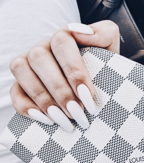 photography, white nails and vogue