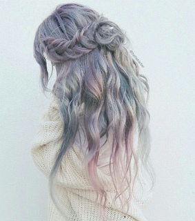 braid, wavy and up