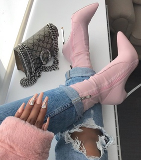 paws claws, fashion inspo and high heels