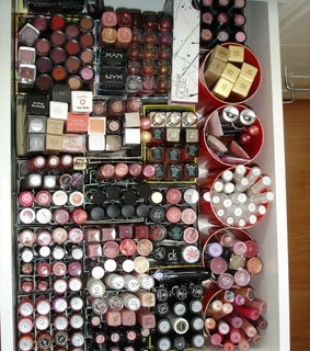 drawer organization, makeup collection and beauty