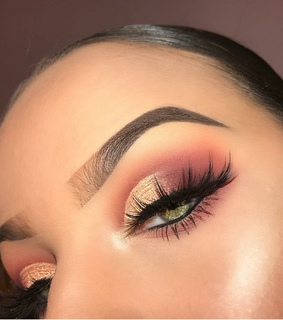 eyebrows, makeup and instagram