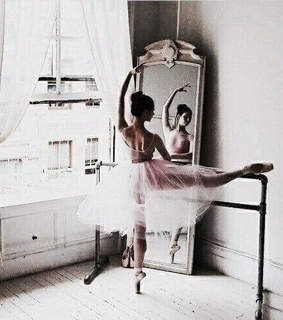 ballet, tumblrfeed and aesthetic