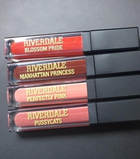 Nude, riverdale and lipgloss