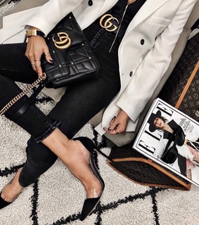Louis Vuitton, magazine and luxe