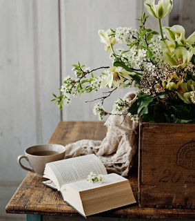 farmhouse style, country living and home decor