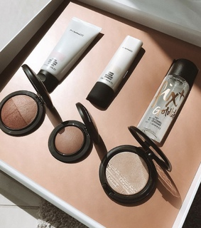 goldstrobe, makeup and highlighter