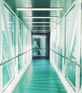 minty, corridor and airport