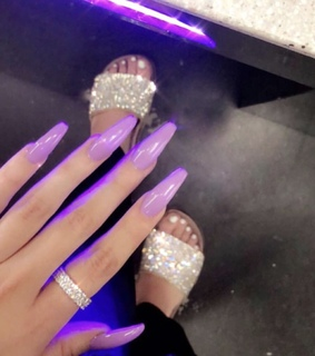 nails, love and jewelry