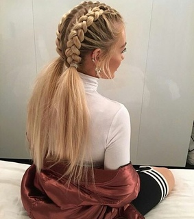 blond, goals and braid