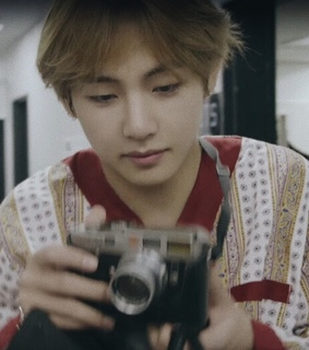 bts selca, burn the stage and bts boyfriend material