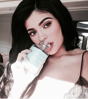theme, filtered and kylie jenner