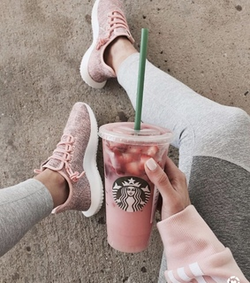 aesthetic, strawberry and yummy