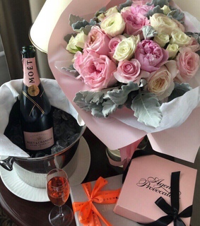 champagne, cute and bouquet