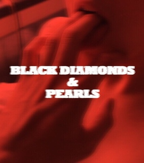 pearls, black diamonds and pearls and aesthetic