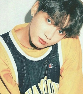 jeon jungkook, love and kpop