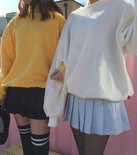 body, ulzzang and couple. friends