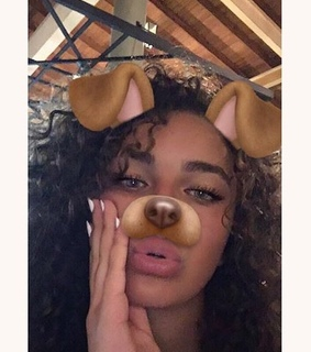 ines curly, moroccan and natural