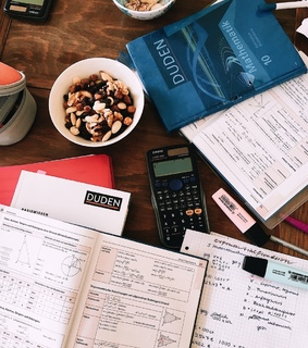 studyblr, study motivation and books