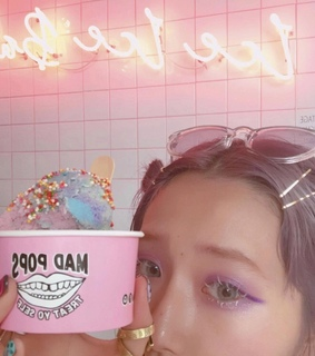 ice cream, girly and aesthetic