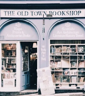 bookshop, vintage and chic
