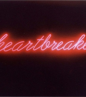glow, text and heartbreaker
