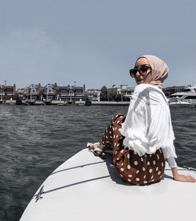 yatch, summer and hijabista
