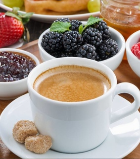 berries, blackberry and coffee
