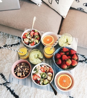 fruity, delicious and breakfast