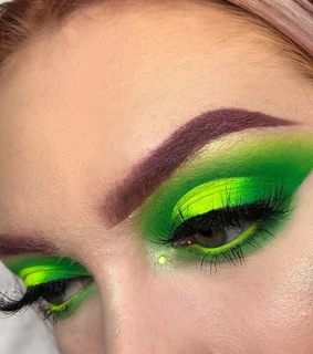green, ?mua? ? and palette
