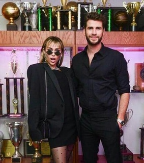after party, liam hemsworth and met gala