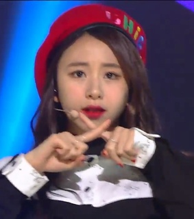 lq, chaeyoung and twice