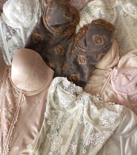 lace, angels and pretty