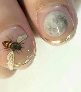 art, bee and design