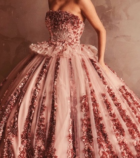 roses, rosegold and corset dress