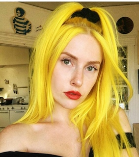 yellow hair, cabelo amarelo and alternative girl