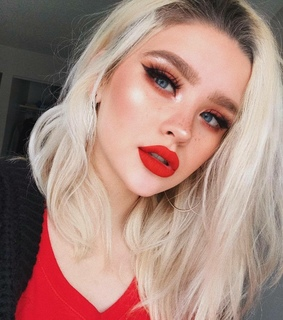 eyes, white and red lips