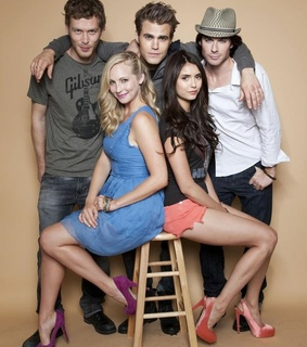 paul wesley, Nina Dobrev and the vampire diaries
