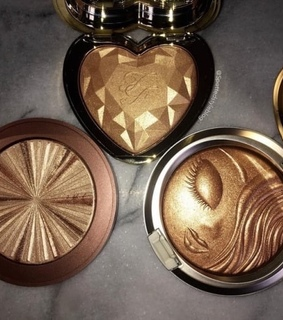 glow, glowy and highlighter