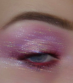 eyeliner, pink and aesthetic