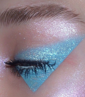 baby blue, shimmer and aesthetic