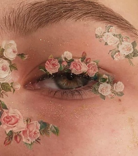 pink flowers, my aesthetic and makeup