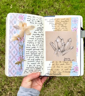 moleskine journals, moleskine and creative journaling