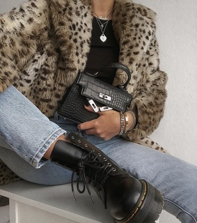 accesories, animal print and doc martens